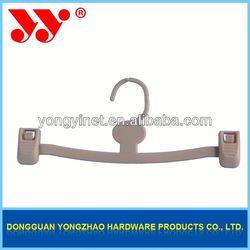 new design velvet hangers with clips