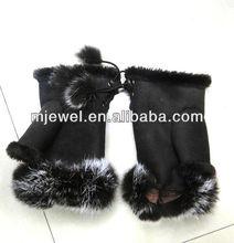 chic winter glove