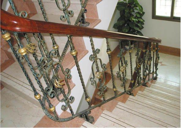 Escaleras en hierro forjado imagui for Escaleras hierro forjado