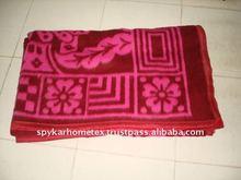 Multicolour acrylic blanket