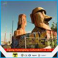 a estátua moai de decoração ao ar livre