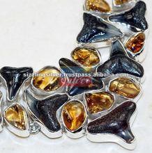 Denti di squalo, ambra collana in argento sterling 925