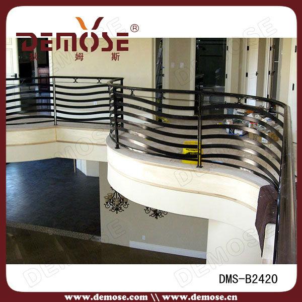 Forjado de hierro porche curvo de hierro forjado for Barandas para terrazas modernas