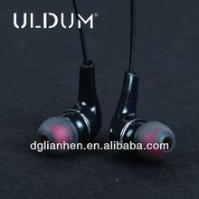 ULDUM 2013 earphone reviews black best plastic earphone fashionable earphone
