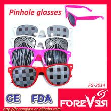 FG-2014 Best promotional wayfarer pinhole glasses,tinted design sunglasses