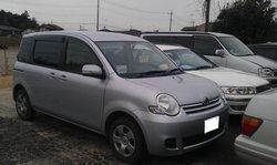 Used Toyota Sienta
