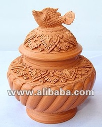 Clay Jar (with a 'Fish on top' lid)