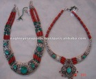 Fashion jewelry Beaded necklaces