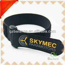 self locking cinch strap/buckle strap