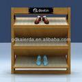 تصميم صالة العرض عرض الأحذية