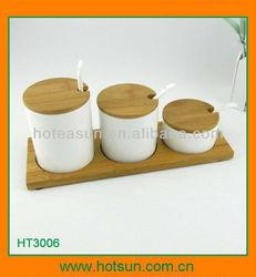 Bone china salt pepper pot with bamboo tray HT3006