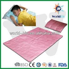 Waterproof cooling mat / cold pak