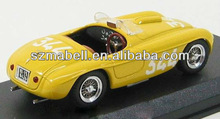 1:18 scale yellow color die cast model car