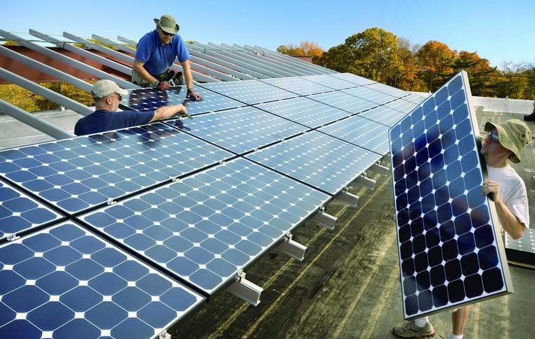 140W Solar Panel For Solar Panel System(TUV, IEC, RoHS, CE, FCC)