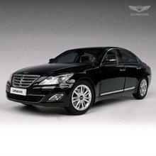 Hyundai Genesis 1/18 diecast model car