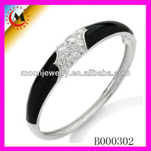 COLLEGE STYLE SPORTS CHARMS JEWELRY BANGLE BLACK AND WHITE SERIES FOR FASHION PEOPLE