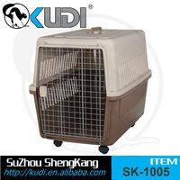 LOW MOQ plastic handle pet carrier on wheels, walking pet carrier