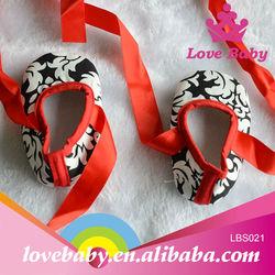 Wholesale black flower pattern red satin baby ballet shoe