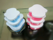 colorful plastic food container with 3 sets