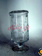 Clear Glass Stem Candle Holder With Beautiful Leaves