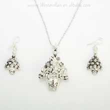 2013 New Product Christmas Tree Silver Jewelry Vintage Necklace