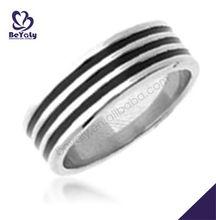 New design fashion jewelry customized titanium fashion cowboy wedding rings