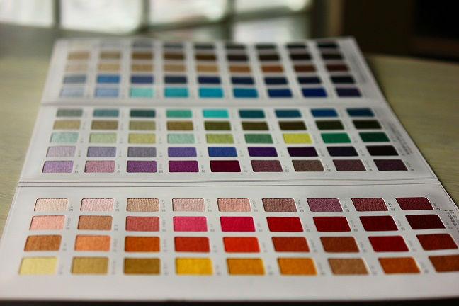 غزل الصوف والأكريليك 2/28nm ضخمة 85/15 126 الألوان في الكثير الأسهم