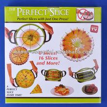 Plastic pizza slicer pizza cutter
