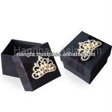 Wedding Silk Favor Box & Embellishment