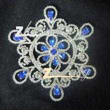 Charming rhinestone lace