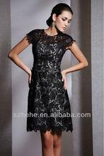 Frete grátis! Cy466 simples mangas curtas a linha joelho renda mãe do vestido da noiva