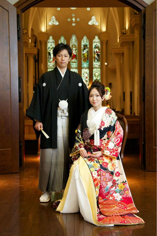 robe de casamento vestido de casamento kimono imagem na igreja
