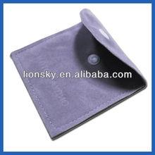 Alluring velvet gift pouch supply for gift shop