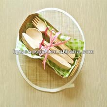 Beautiful Design Wooden Party Dinnerware Set