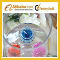 o aniversário e de natal cor de geléia de vela de vidro titular