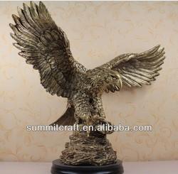 Custom polyresin eagle famous modern sculpture