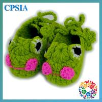 baby frogs crochet baby shoes Xmas green baby walker animal crochet kid shoe