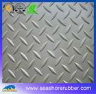anti-slip diamond tread pattern garage rubber floor mat