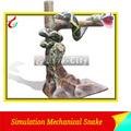 De tamaño natural mecánico de la serpiente con sonido de simulación