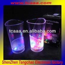 Flashing led plastic cup - 370ml plastic vase cup