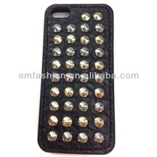 Fashion Cheap High Quality Punk Studs Leather Phone Case For Apple Mobile