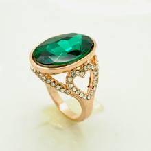 Emerald Fashion Gold Ring With a Big Emerald rhinestone