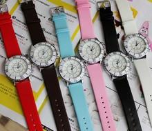Fashion simple design custom leather strap round watche