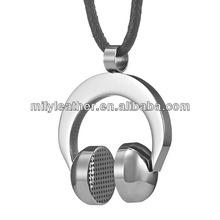 2014 trendy Rock and Roll stainless steel DJ Earphones pendant necklace for men