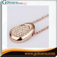 Peas Modelling delicate diamond necklace sets