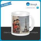 SH659 Tourists Traveling Paris Sightseeing Eiffel Tower souvenir Mug