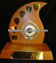 Madera trofeo y premio escudo de pie, la placa de metal escudo trofeo, el gobierno de recuerdo trofeo de adjudicación de la placa