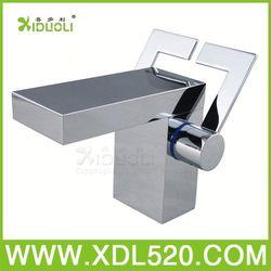 basin filler/single handle basin faucet/three holes basin tap