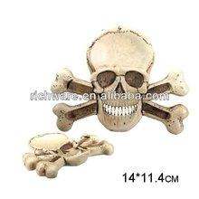 Wholesale resin indoor halloween skull and cross bone ashtray
