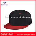 negro con sombrero de ala rojo snapback sombreros